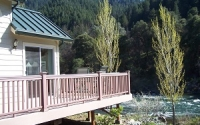 Cottage deck